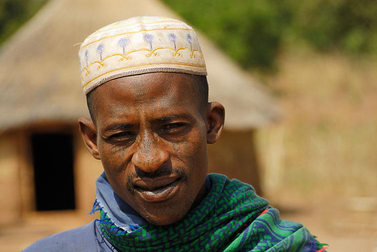 TB070684-A-Fulani-farmer-in-the-Natitingou-region.jpg