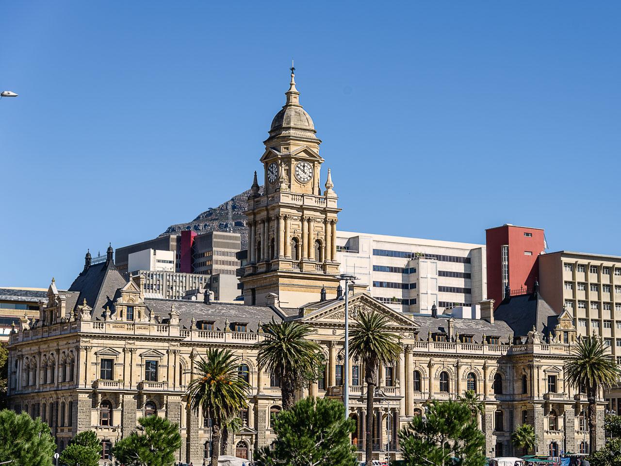 ZA130038-The-Cape-Town-City-Hall.jpg