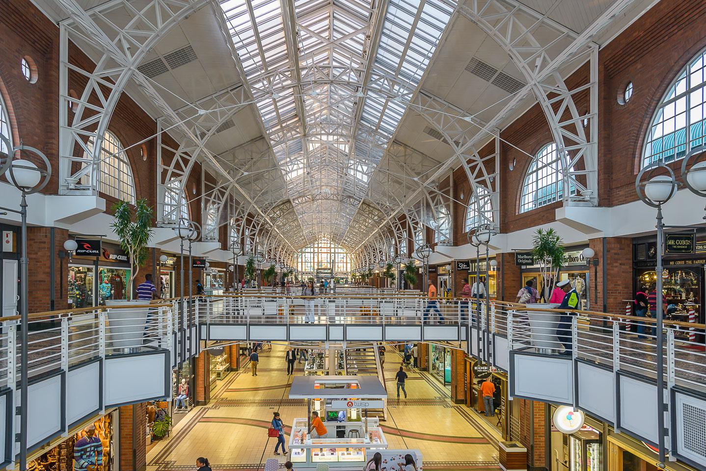 ZA130182-Cape-Town-Mall-at-VA-Waterfront.jpg