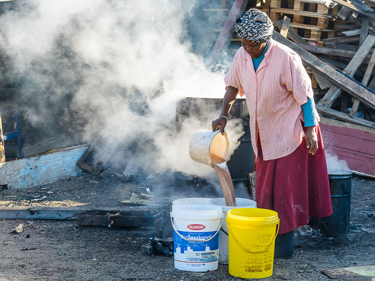 ZA130260-Cape-Town--Township--Brewing-traditional-beer.jpg