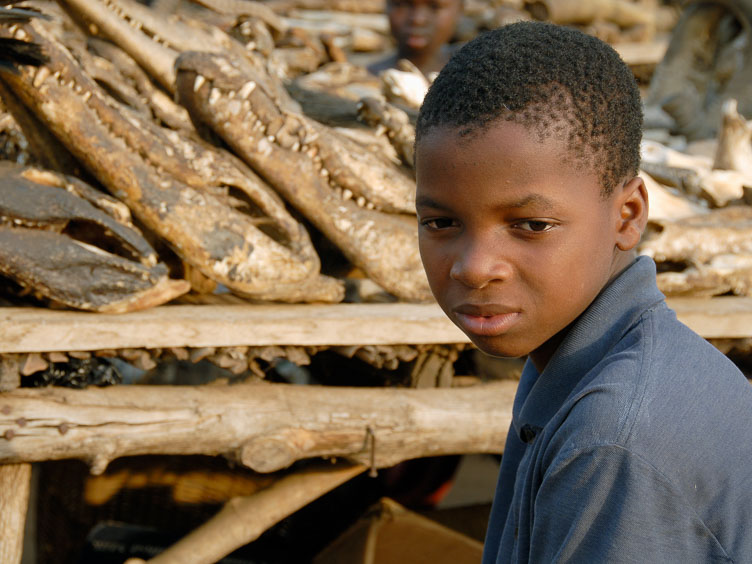 TB070025-Edit-Young-boy-at-the-Lome-fetish-market.jpg