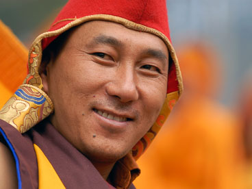 SB06553-A-very-friendly-monk-at-the-Namkhe-Nyingpo-Monastery_v1.jpg