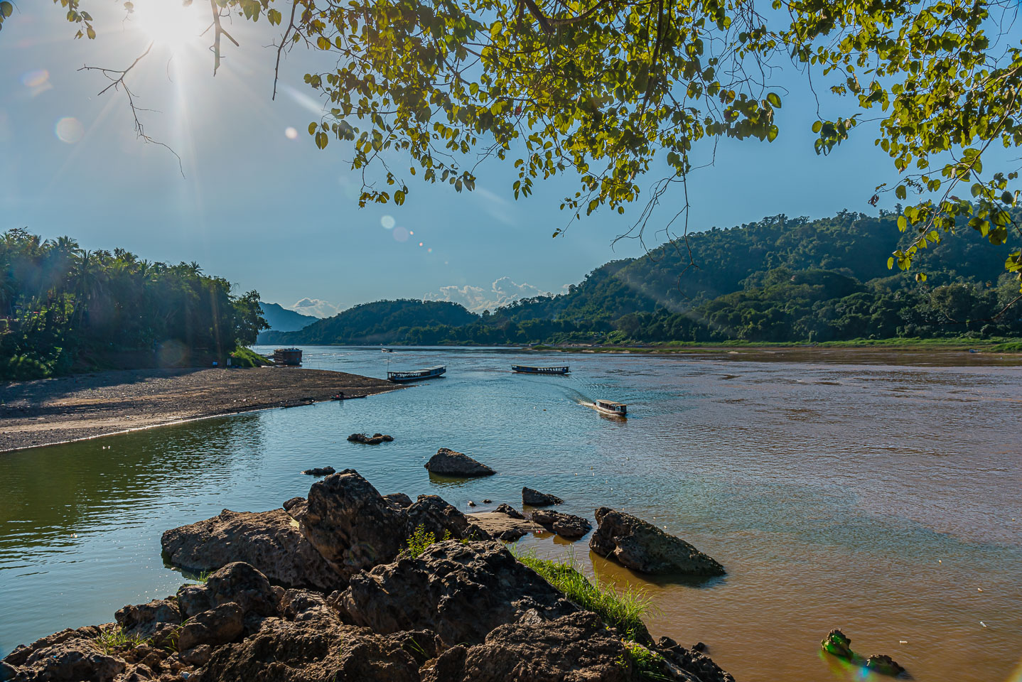 LA-162488-Confluence-of-the-Nam-Ou-and-the-Mekong.jpg
