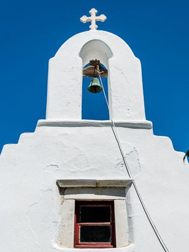 HALCruise-130106-Mykonos-small-Church-facade-and-bell_v1.jpg