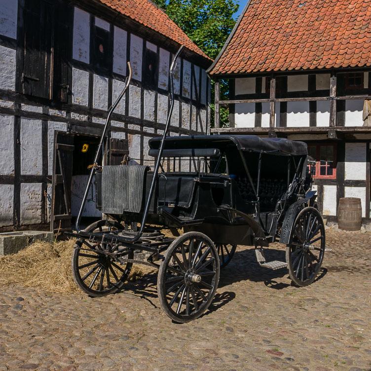 DE160250-Den-Gamle-By-horse-carriage.jpg