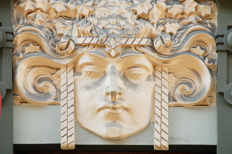 LE080079-Riga-Art-nouveau-facade.jpg