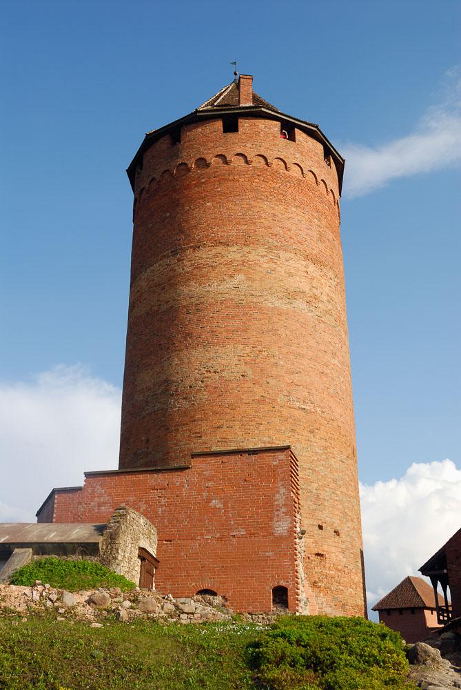 LE080514-Turaida---Castle-Tower.jpg