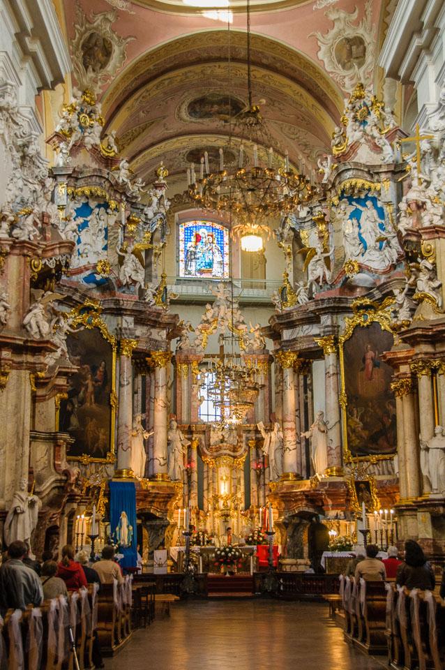 LI090230-Vilnius-Holy-Spirit-Church.jpg