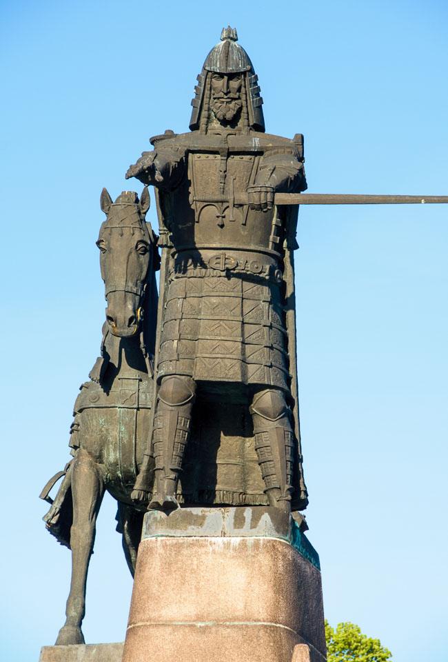 LI090247-Vilnius-Grand-Duke-Gedimas.jpg
