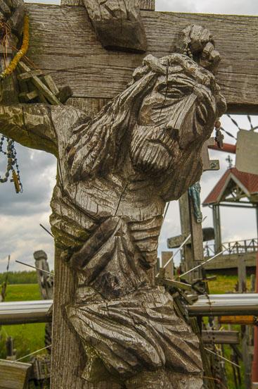 LI090004-Siauliai-Hill-of-the-crosses.jpg