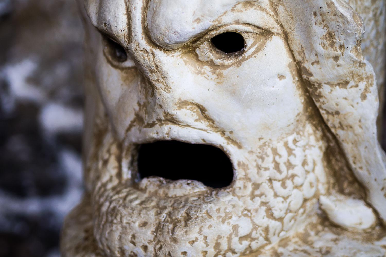 MA140395E-Heraclea-small-carved-statue.jpg