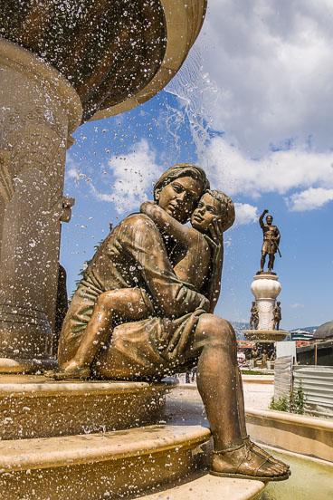 MA140515E-Fountain-of-the-Mothers-of-Macedonia.jpg