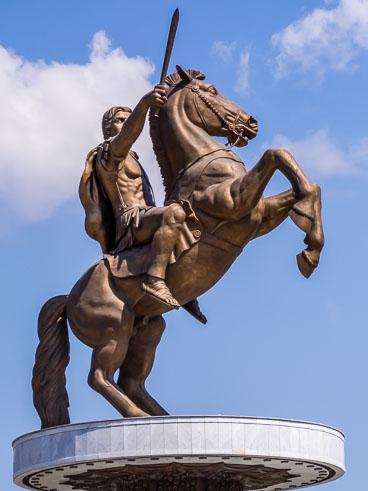 MA140560-Warrior-on-a-horse_v1.jpg