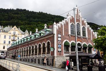 NO140014E-Bergen-Starbuccks-.jpg