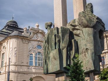 SL15043-Statue-of-Ludovit-Sture-.jpg