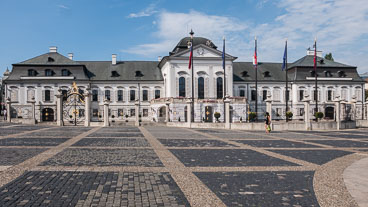 SL15161-Presidential-Palace.jpg