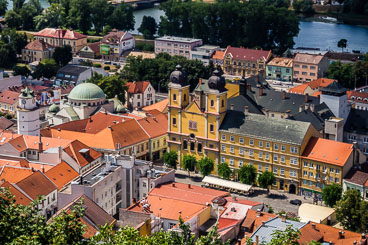 SL15223-Trencin-view-from-the-castle.jpg
