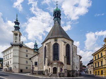 SL15333-Edit-Banska-Stiavnica-church-of-St-Katharina.jpg
