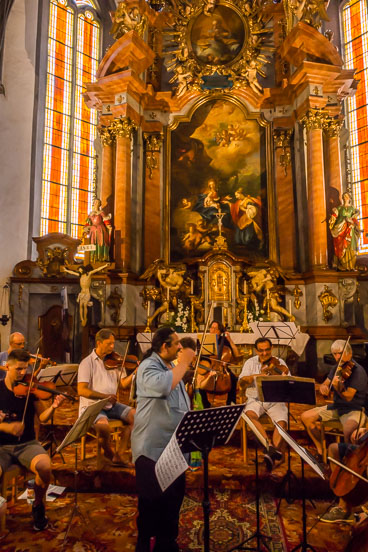 SL15337-Banska-Stiavnica-music-rehesal-in--church.jpg