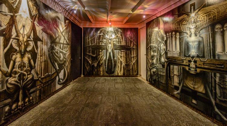 _D8C5808-Room-in-the-Griger-Alien-museum-in-Gruyeres.jpg