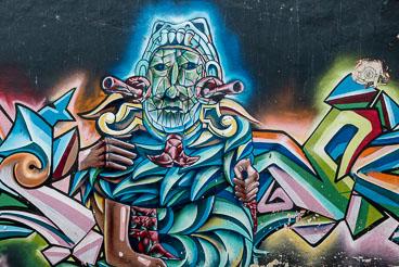 CO150029E-Bogota–graffiti.jpg