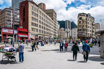 CO150105E-the-streets-of-Bogota.jpg