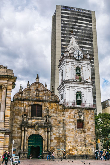 CO150202-2E-Bogota–st-Francis-chuch-and-backrop.jpg