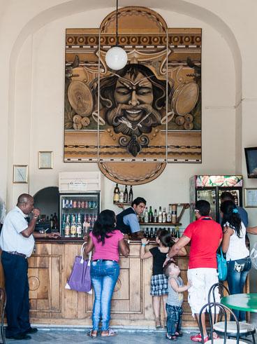 CU120415-Cienfuegos-Teatro-Tomas-Terry-lobby_v1.-t-Cienfuegos