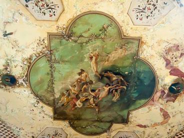 CU120417-Cienfuegos-Teatro-Tomas-Terry-ceiling_v1.jpg