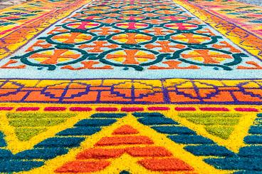 AN120420-Edit-Sawdust-carpet.jpg