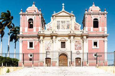 NI120019-Edit-Leon-Iglesia-de-el-Calvaro.jpg