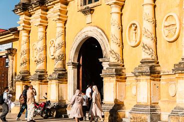NI120042-Edit-Leon-Iglesia-de-la-Recoleccion.jpg
