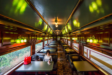 PA150414E-Panama-Canal-Railway-carriage-interior-.jpg