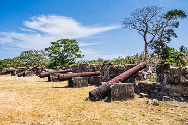 PA150499E-Fort-San-Lorenzo-battery.jpg