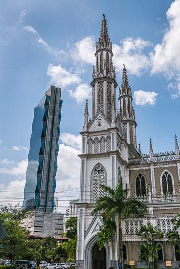 PA150022E-Panama-City-Touching-the-sky_v1.jpg