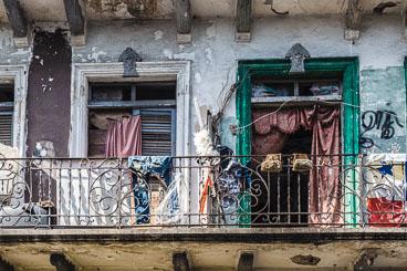 PA150084E-Panama-City-The-rough-side-of-Casco-Viejo.jpg